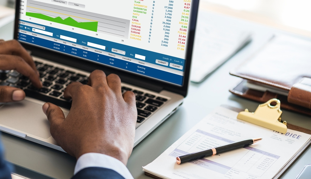 how to improve company data management tips